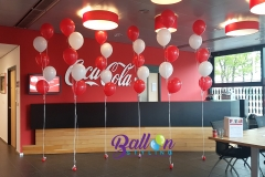 Balloon-Styling-Tilburg-Brabant-Coca-Cola-trossen-heliumballonnen-rood-en-wit-1