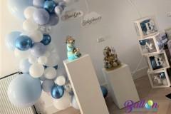 Balloon-Styling-Tilburg-babyshower-ballonnendecoraties-babydozen-zuilen-pilaren-wolkjes-ballonnen-Tilburg