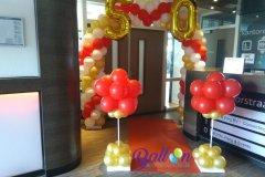 Balloon-Styling-Tilburg-ballonnenboog-ballonboog-met-gouden-cijfer-folieballonnen