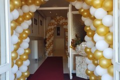 Balloon-Styling-Tilburg-ballonnenboog-ballonboog-metallic-goud-en-wit-Eventplaza-Rijswijk