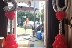 Balloon-Styling-Tilburg-ballonnenpilaar-ballonpilaar-50-jaar-Sara-verjaardag-cijfer-folieballon-naamletter-ballonnen-Tilburg2.jpeg-1