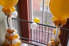 Balloon-Styling-Tilburg-luxe-ballonnenpilaar-ballonpilaar-zijden-rozen-metallic-gouden-topballon-bruiloft-trouwerij