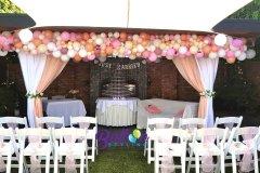 Balloon-Styling-Tilburg-organic-ballonnenslinger-met-zijden-rozen-bloemen