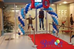 Balloon-Styling-ballonnenboog-ballonboog-folieballon-cijfer-rode-loper-ballonnendecoratie-T-Kwadraat-Ireen-Wustbaan-ijsbaan-ballonnen-Tilburg