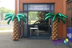 Balloon Styling ballonnendecoratie ballonnenpilaar ballonpilaar palmbomen met palmbladeren Brabant Tilburg Reeshof