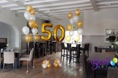 Balloon Styling gronddecoratie metallic goud metallic wit folie cijferballonnen goud 50 jarig huwelijk Brabant Tilburg Reeshof