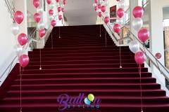 Balloon Styling heliumballonnen gronddecoratie metallic wit met metallic rood Theaters Tilburg Brabant Tilburg Reeshof