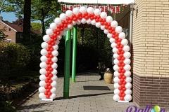 Balloon Styling luxe ballonnenboog ballonboog rood met wit Tilburg Reeshof