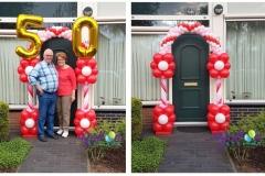 Balloon-Styling-luxe-ballonnenboog-bloemenboog-50-jarig-huwelijk-echtpaar-in-Tilburg-Zuid