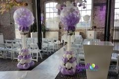 Balloon Styling luxe ballonnenpilaren love doves met zijden rozen