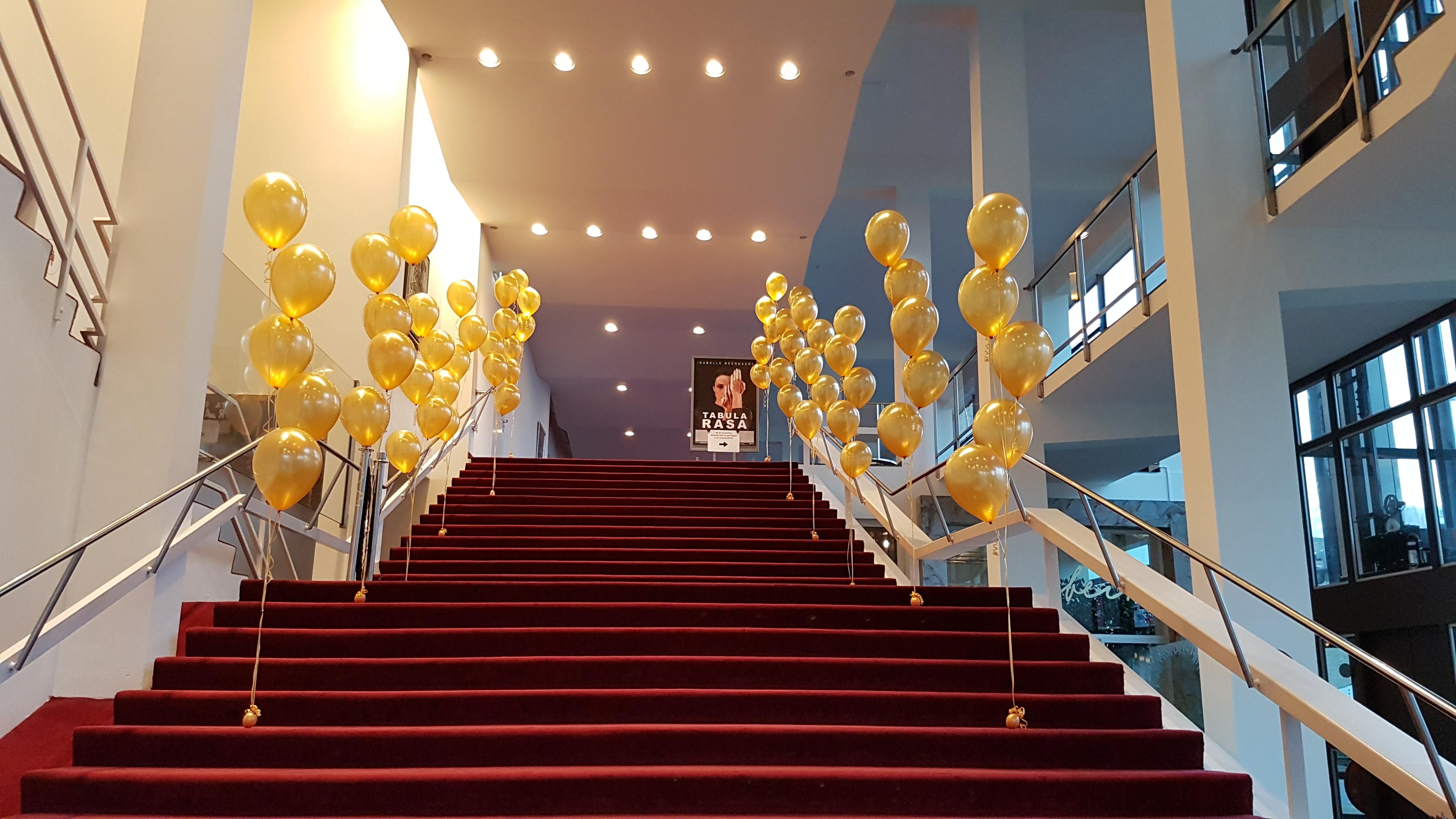 Heliumballonnen ballontrossen gronddecoratie vloerdecoratie tafeldecoratie Theaters Tilburg Balloon Styling Tilburg