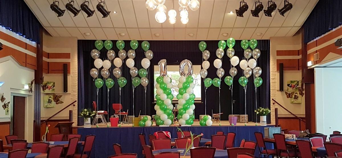 Heliumballonnen ballontrossen gronddecoratie vloerdecoratie tafeldecoratie ballonnenpilaar ballonpilaar Balloon Styling Tilburg