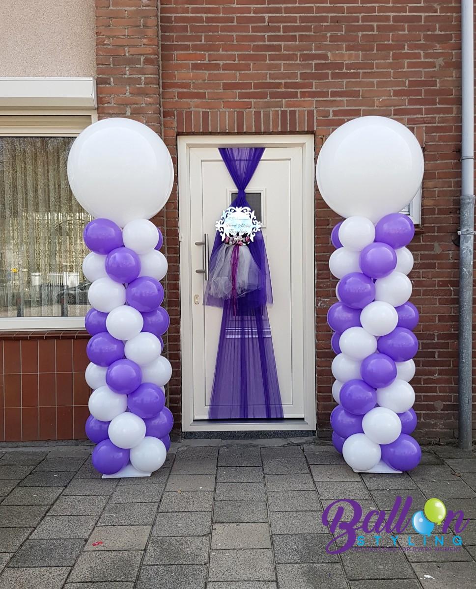 Balloon Styling ballonnendecoratie ballonnenpilaar ballonpilaar paars met witte topballon deurversiering Brabant Tilburg Reeshof