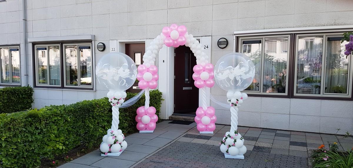 luxe ballonpilaar ballonnenpilaren huwelijk love doves Balloon Styling Tilburg