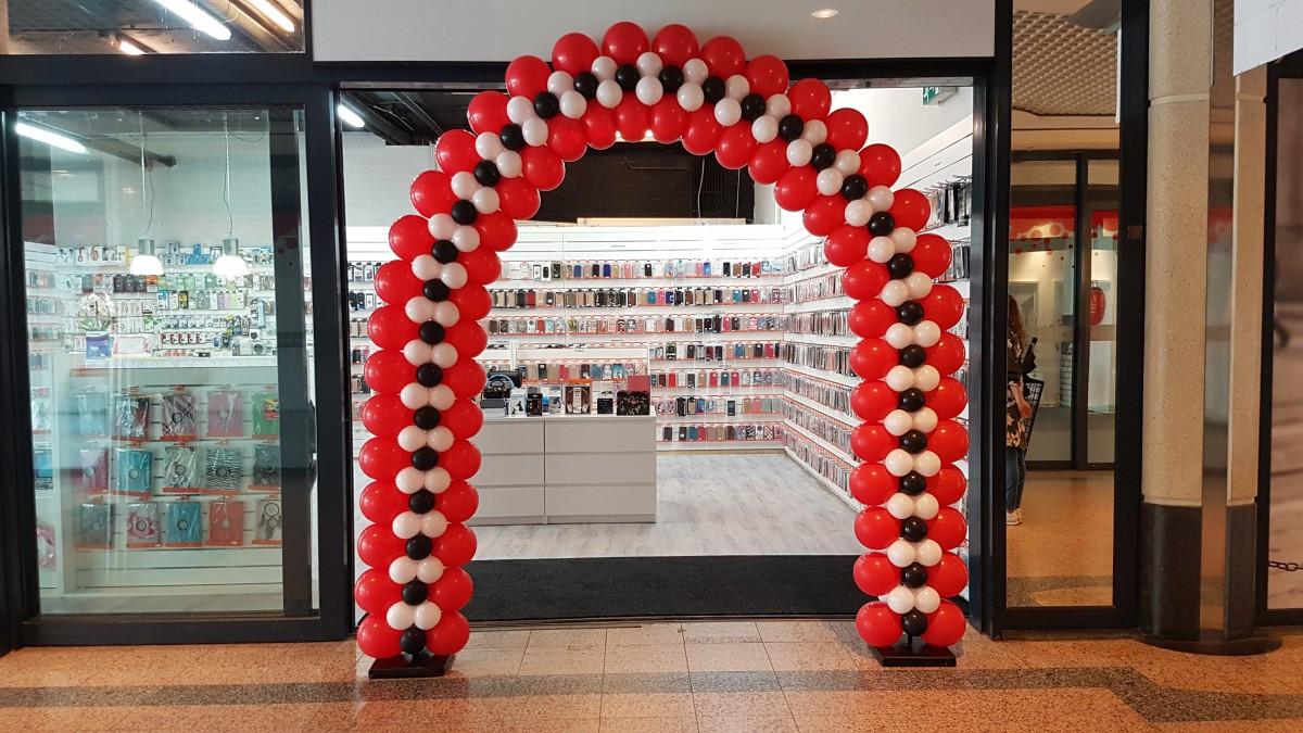 Balloon Styling luxe ballonnenboog ballonboog Weert rood wit zwart
