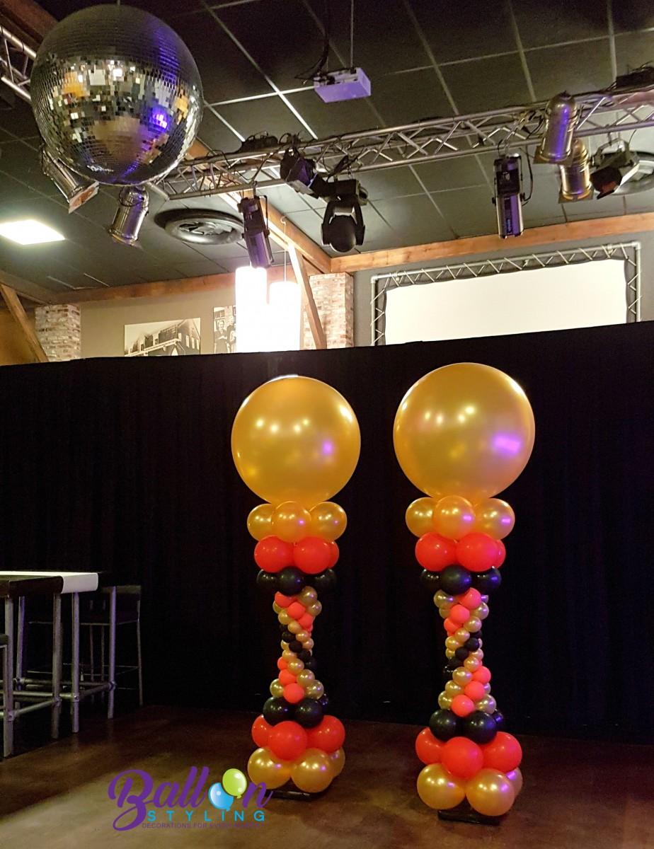 pilaar met en zonder topballon