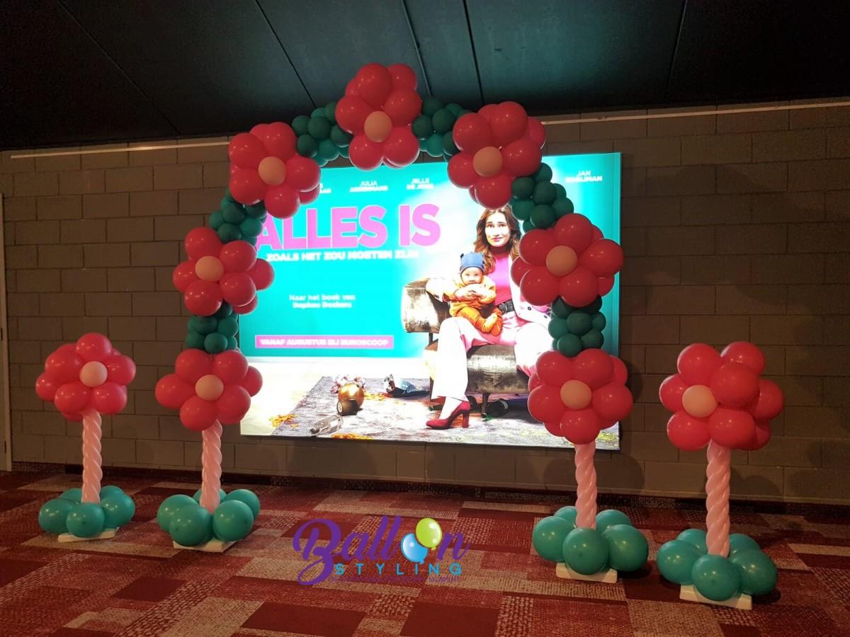 Balloon Styling Tilburg ballonnenboog ballonboog balllonnenpilaar ballonpilaar Euroscoop Ladies Night ballonnen Tilburg