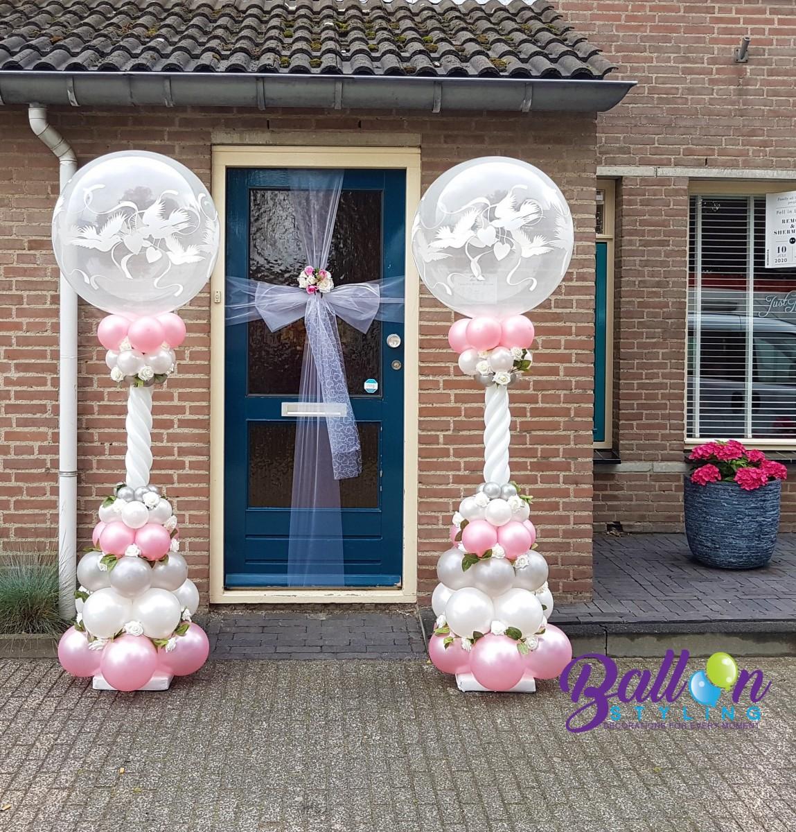 Balloon Styling Tilburg ballonnenpilaar ballonpilaar huwelijk trouwerij love doves zijden rozen deurversiering ballonnen Tilburg (1)