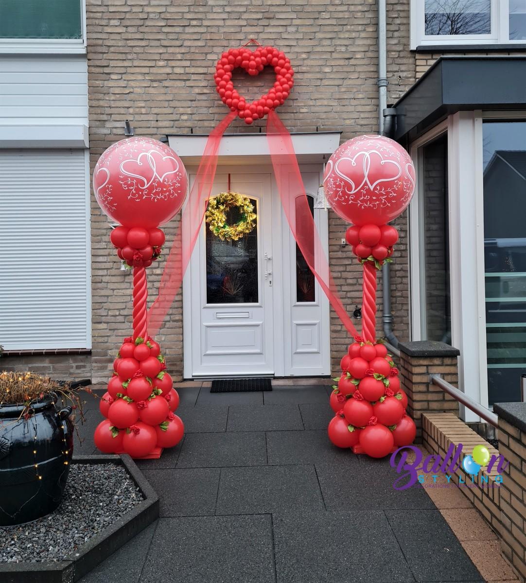 Balloon Styling Tilburg 40 jaar getrouwd huwelijk bruiloft ballonnenpilaar zijden rozen jubileum ballonnen Tilburg