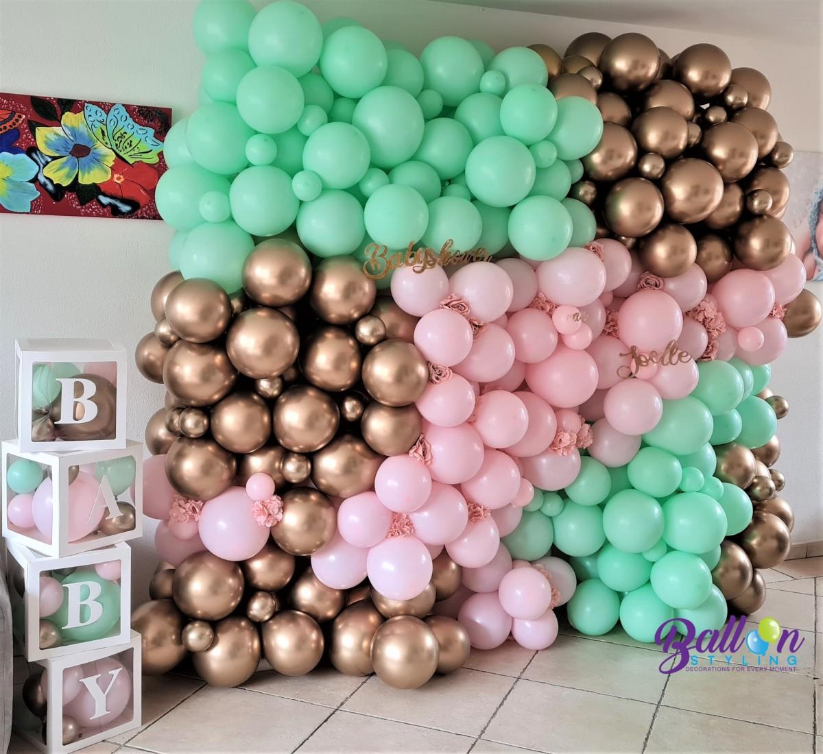 Balloon Styling Tilburg babyshower ballonnenmuur organic wall organic muur babydozen babyboxes zijden rozen bloemen ballonnen Tilburg (1)