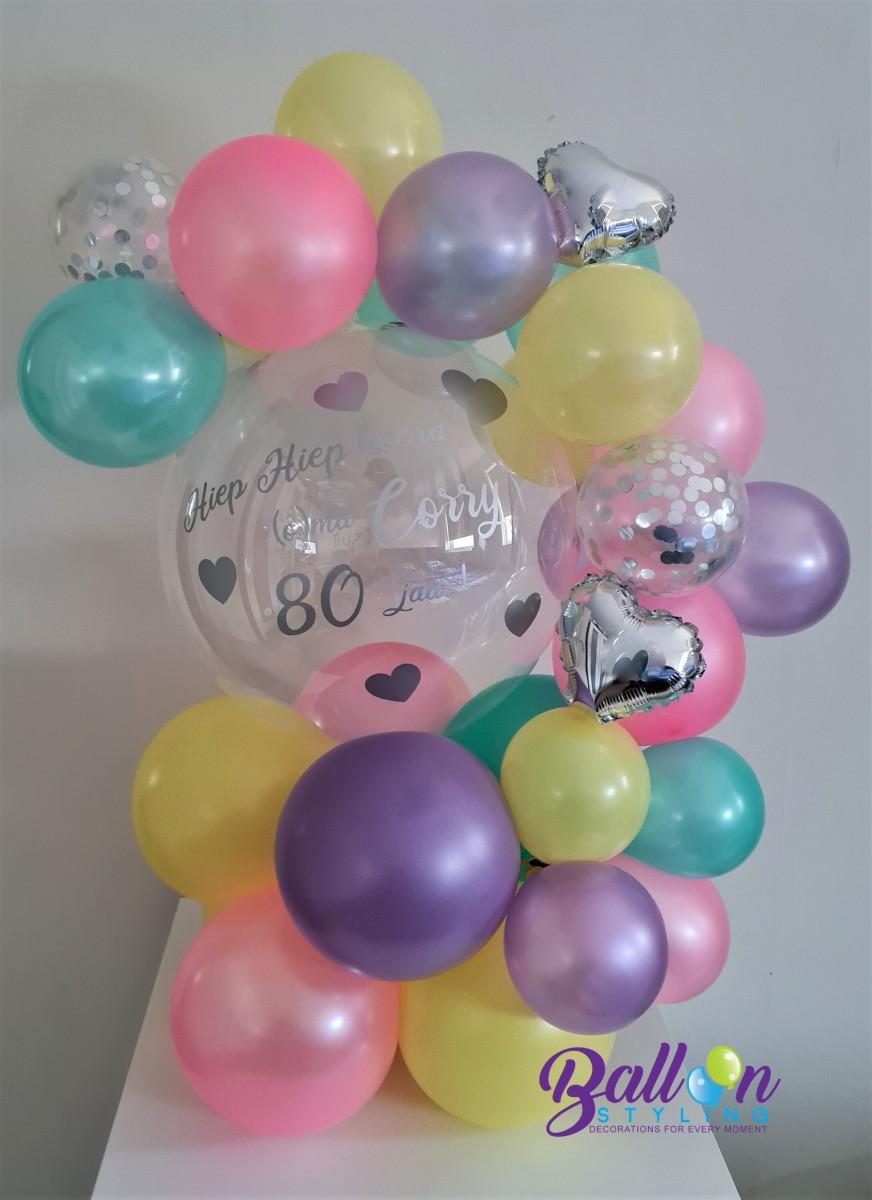 Balloon Styling Tilburg gepersonaliseerde ballon 80 jaar bedrukte ballon folieballon hart confettiballon ballonnen Tilburg (1)