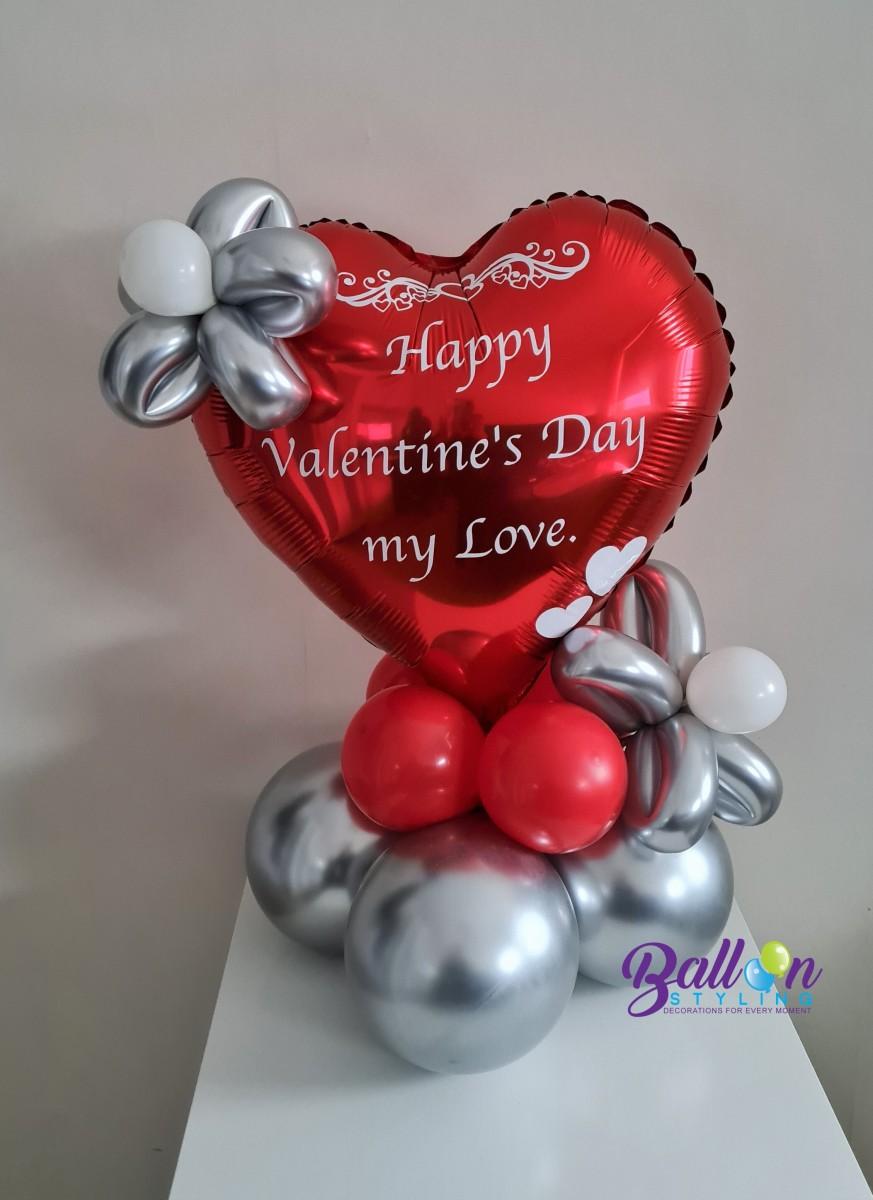 Balloon Styling Tilburg gepersonaliseerde bedrukte ballon Valentijn klein rood hart met bloemetjes ballonnen Tilburg (1)