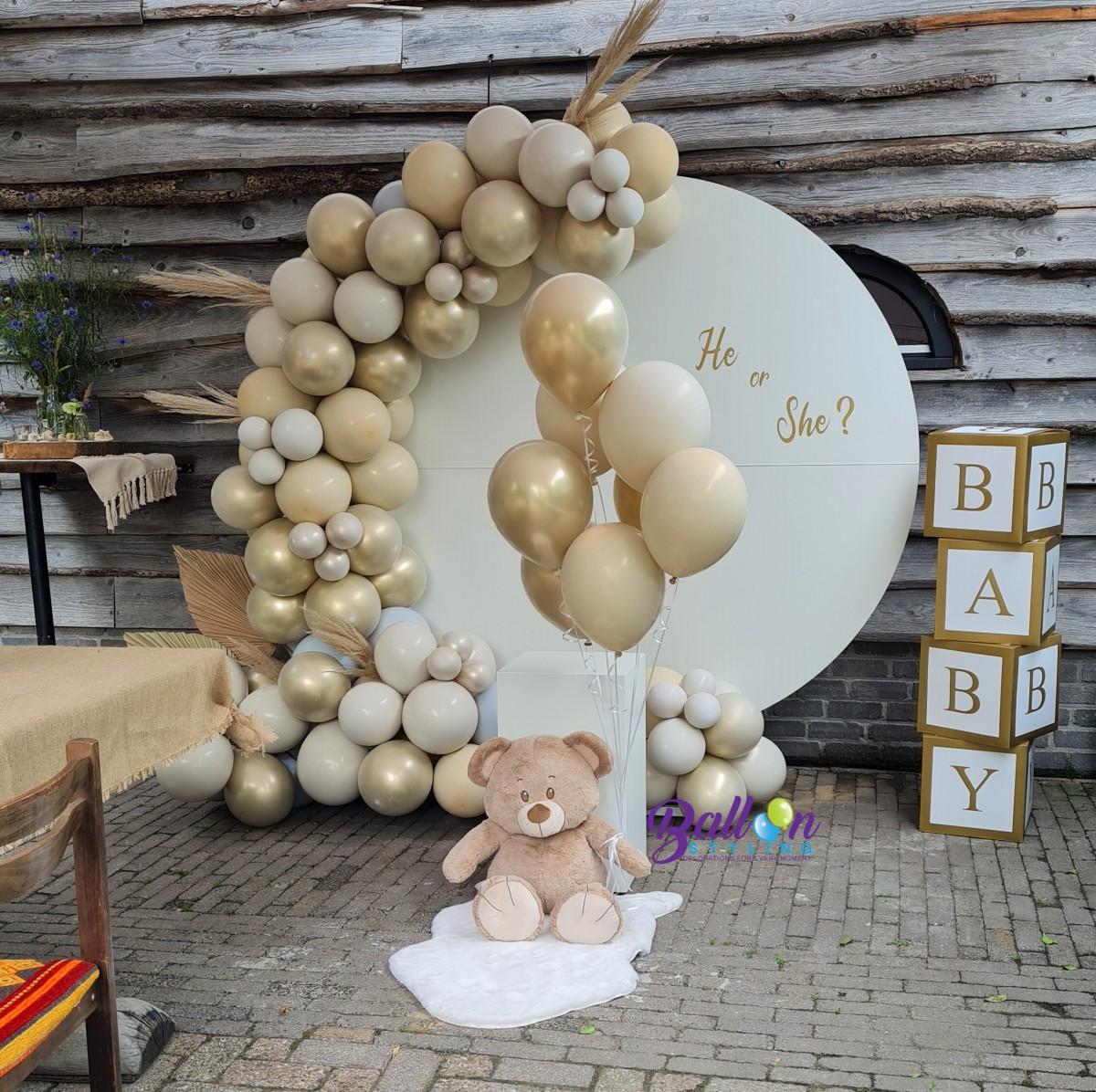 Balloon Styling Tilburg gender reveal party organic ballonnenslinger heliumballonnen babydozen ballonnen Tilburg (1)