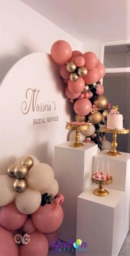 Balloon Styling Tilburg organic ballonnenslinger bridal shower rosewood whitesand ballonnen Tilburg